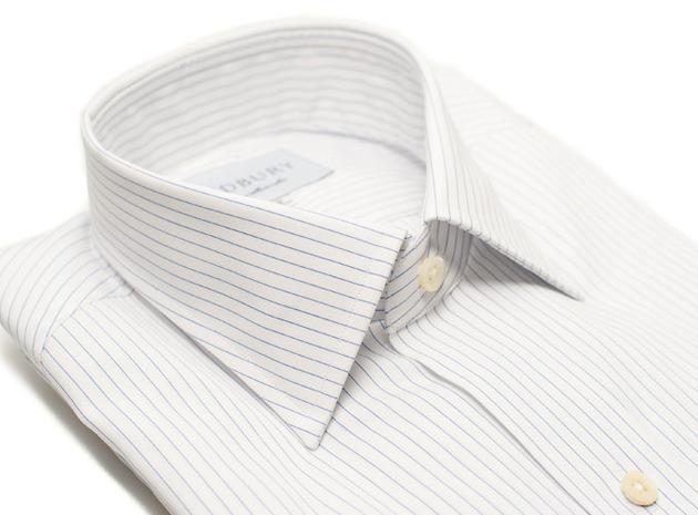 The White Pinstripe 120  collar